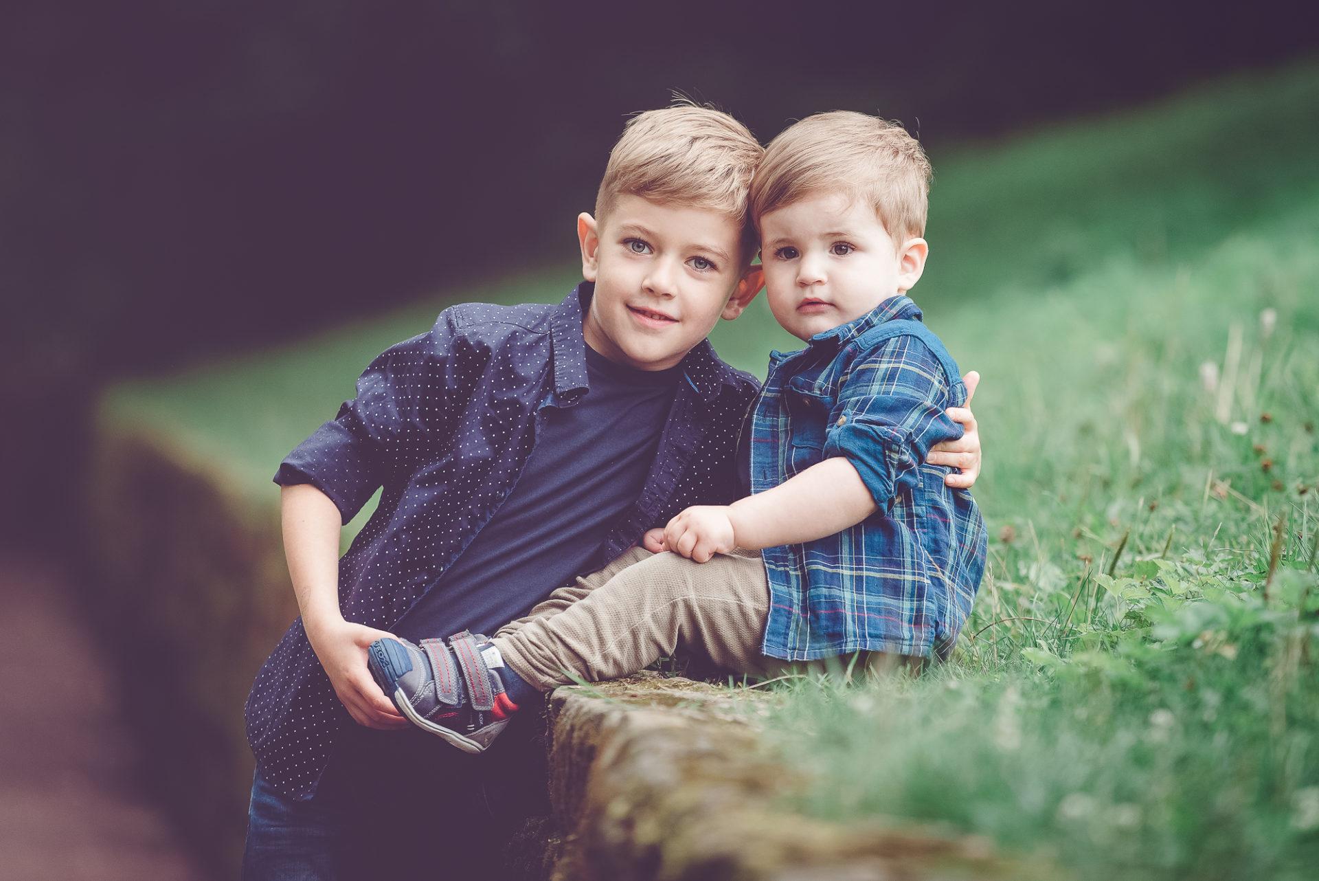 Erfurt Thüringen Tessa Trommer Fotografie Baby Geschwister Familienfotos Outdoor Geschwister Brüder